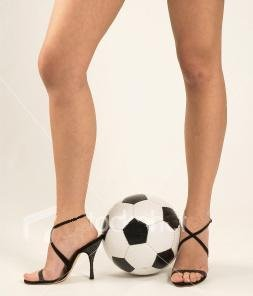 Женщина и футбол: между сексом и Аяксом